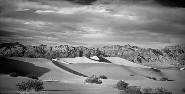 mark hull media - death valley